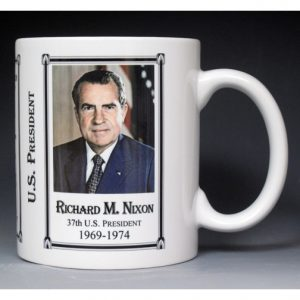 37th US President Richard Nixon history mug.
